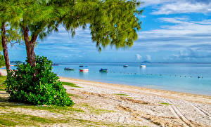 Обои Побережье Лодки Песок Пляж Природа фото