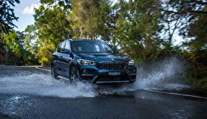 Обои для рабочего стола BMW Металлик Брызги 2016 X1 sDrive20i xLine авто