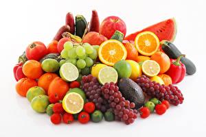 Картинки Фрукты Овощи Виноград Цитрусовые Яблоки Томаты Арбузы Белый фон Еда