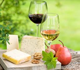 Обои Вино Сыры Груши Орехи Бокалы Продукты питания