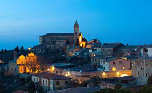 Картинки Италия Дома Ночь Montalcino