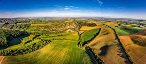 Фотография Чехия Пейзаж Поля Дома Velehradem Природа