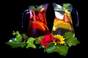 Фото Напитки Герберы Фрукты На черном фоне Кувшин Листья Еда