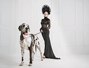Картинка Собаки Платья Далматинца молодые женщины Животные