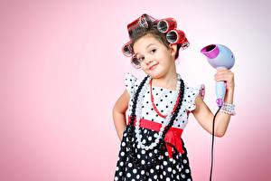 Обои Украшения Цветной фон Девочки Платье Взгляд Дети фото