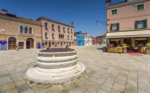 Обои Италия Дома Венеция Улица Городская площадь Burano Galuppi Square Города фото