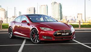 Картинка Tesla Motors Бордовые Металлик 2014-16 Model S P85D машина