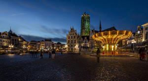 Обои Бельгия Дома Ночь Гирлянда Улица Mechelen Antwerp Города