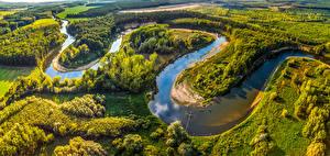 Обои Чехия Пейзаж Река Лес Сверху river Morava Straznice Природа
