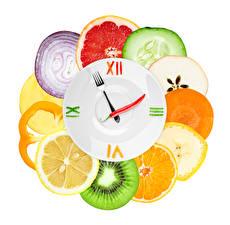Фотография Фрукты Часы Овощи Цитрусовые Дизайн Белый фон Еда