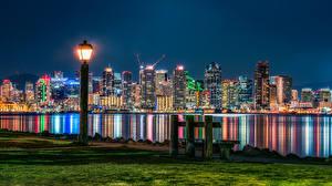 Фотография Штаты Дома Сан-Диего В ночи Уличные фонари Скамья Трава Города