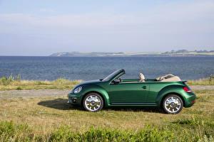 Фотография Volkswagen Зеленый Кабриолет Сбоку 2016 Beetle Cabriolet Автомобили