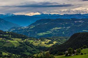 Фотография Италия Пейзаж Горы Леса Поля Облака Ritten Природа