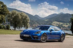 Обои Порше Металлик Синий 2016 Panamera Turbo Машины