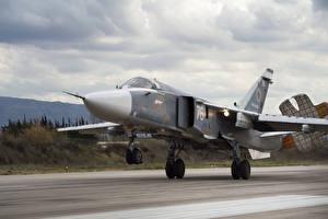 Фотографии Самолеты Истребители Su 24