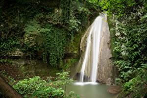 Обои Италия Парки Водопады Скала Parco della Cascate di Molina Природа фото