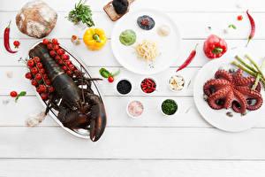 Картинки Морепродукты Омары Хлеб Овощи Помидоры Перец овощной Еда