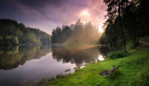 Фотографии Хорватия Озеро Деревья Трава Скамья lake Trakoscan Природа