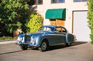 Фотография Bentley Старинные Металлик 1953-55 R-Type Continental Sports Saloon AT авто