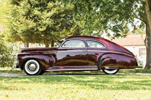 Фотография Бьюик Ретро Бордовый Металлик Сбоку Седан 1941 Special Sedanet (46S) Машины