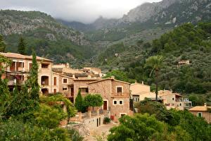 Обои Испания Дома Горы Леса Мальорка Майорка Fornalutx Города