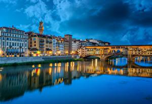 Картинка Италия Дома Реки Мосты Вечер Флоренция Ponte Vecchio Города