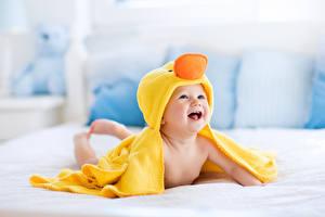 Фото Младенец Улыбка Смеется Радость Дети