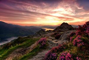 Картинки Шотландия Парки Пейзаж Рассветы и закаты Горы Реки Trossachs National Park Природа