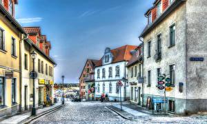 Картинка Германия Дома Дороги HDRI Улица Уличные фонари Waren город