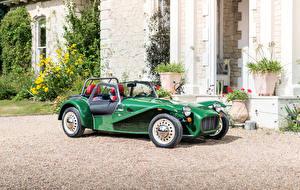 Фотография Caterham 7 Металлик Зеленых 2016-17 Sprint машины