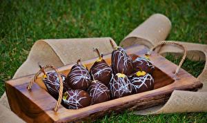 Фотографии Сладости Груши Шоколад Продукты питания