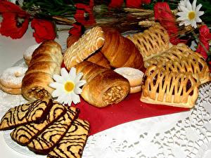Обои Выпечка Печенье Круассан Пирожное Маки Еда фото