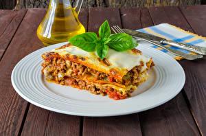 Обои Вторые блюда Лазанья Тарелка Еда фото