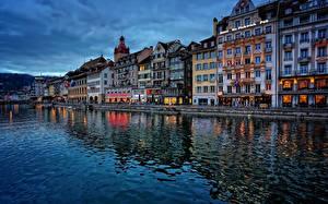 Картинки Швейцария Дома Набережная Lucerne, Reuss River Города