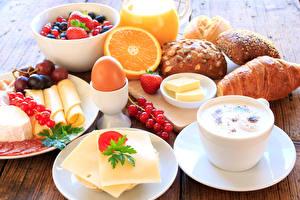 Фотографии Кофе Сыры Выпечка Фрукты Сок Чашка Яйца Еда