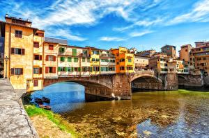Картинки Италия Реки Мосты Дома Лодки Флоренция Города