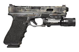 Обои Пистолеты Крупным планом Белый фон Glock Made in Austria Армия фото