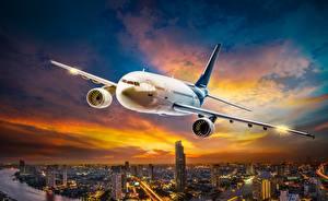 Обои Самолеты Пассажирские Самолеты Полет Авиация фото