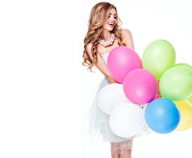 Обои Шарики Воздушный шарик Улыбка Белый фон Девушки фото