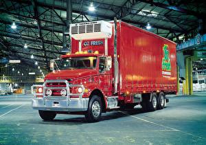 Обои Грузовики Красный Sterling LT7500 авто
