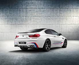 Фотография БМВ Сзади Белая 2015 F13 Coupe автомобиль