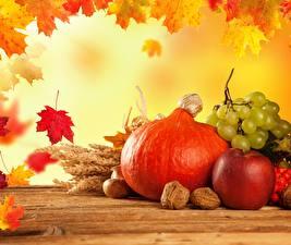Картинка Тыква Осень Яблоки Виноград Листья Клён Еда