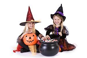 Картинки Тыква Хеллоуин Ведьма Белым фоном Шляпа 2 Девочка ребёнок