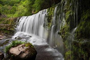 Обои Великобритания Водопады Камни Скала Мох Sgwd Clun-Gwyn Waterfall Природа фото