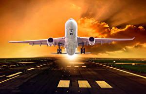 Обои Самолеты Пассажирские Самолеты Асфальт Взлет
