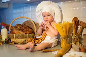Картинки Выпечка Младенцы Шапки Смотрят Повар Дети