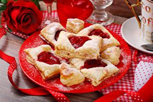 Картинка Выпечка Печенье Розы Тарелка