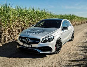 Фотография Mercedes-Benz Стайлинг Белый 2016 AMG A 45 4MATIC Машины