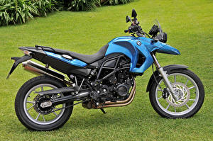 Фото BMW - Мотоциклы Трава Сбоку 2008-12 F 650 GS Мотоциклы