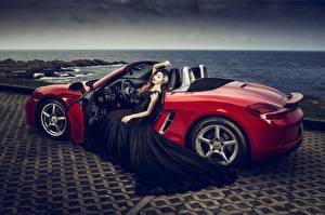 Фотографии Азиатки Кабриолет Красные Платья Гламурные машины Девушки